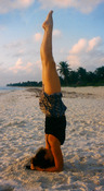 mary handstand 2